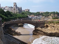 basque-biarritz-seaside1-sb